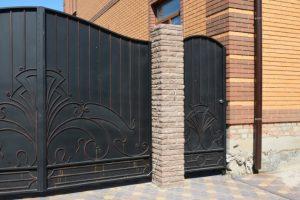 Custom Gate Installation in Beaverton Oregon